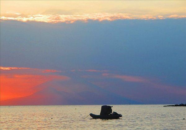 圣吉吉海滩,龙目岛游客汇集地,有绝美落日和配套